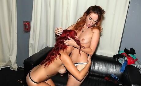 Lesbian Orgy Porn